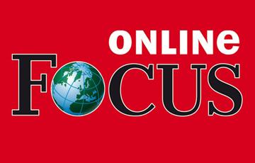 """Partner Logo des Magazins Focus Online wird in Rot mit schwarzem Schriftzug """"Focus"""" dargestellt, das """"o"""" wird als Globus dargestellt, """" online"""" steht als weißer Schriftzug links über dem Wort """"Focus""""."""