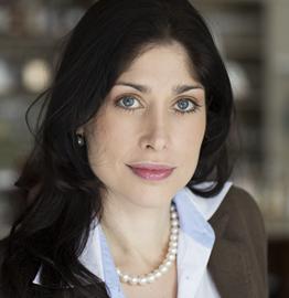 Farbportrait von Anwältin Dr. Christina Bongartz